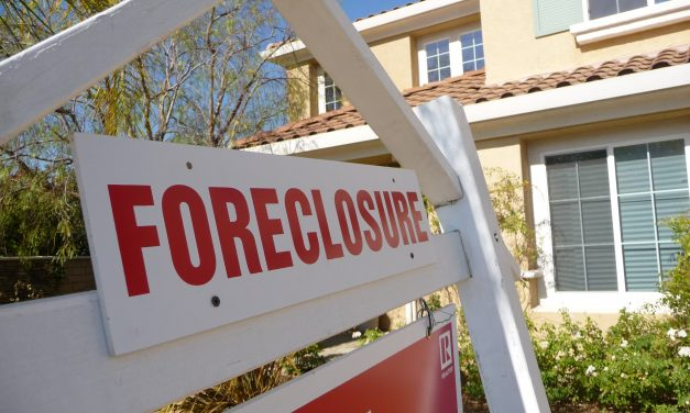 Council passes bill to fine certain owners of foreclosure properties