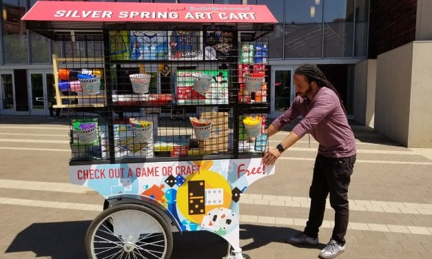 Cart offering free games, art projects debuts on Veterans Plaza