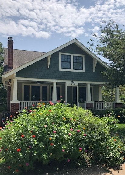 The Charmed Silver Spring Bungalow